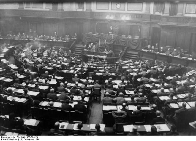 1 Reichsversammlung der Arbeiter- und Soldatenräte am 16. Dezember 1918